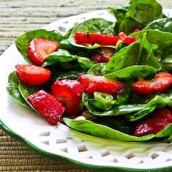 strawberry-spinach-salad-salad-recipe-kalynskitchen